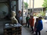 Besuch im Rosenhof - Christiane erklärt
