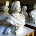 """Skulptur — """"Großherzogin Sophie"""" (Endzustand) nach  Aufbringen Schutzbeschichtung mit mikrokristallinem Wachs (Cosmoloid H80 gelöst in Shellsol T)"""